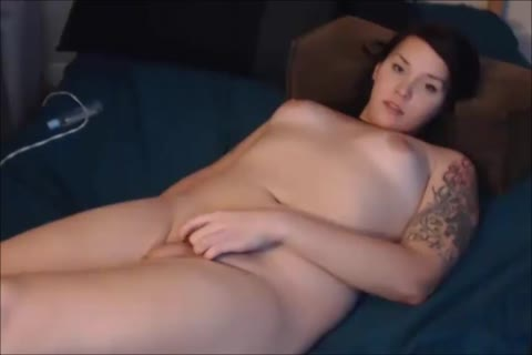 young shemale Sucks Her Own 10-Pounder And Dildoing