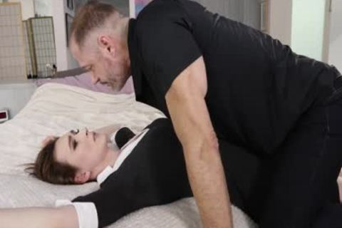 skinny Shemlae Jessica Fappit Takes A Bigcock Down Her throat